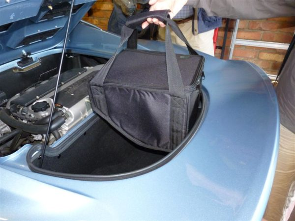 Lotus Elise S3 Luggage