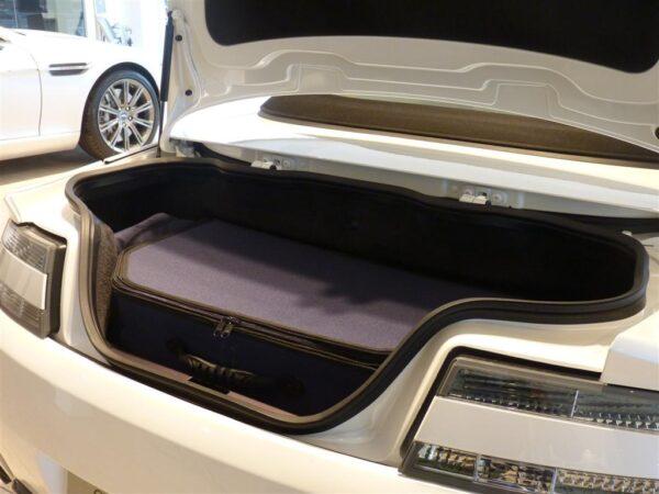 Aston Martin V8 Vantage Luggage