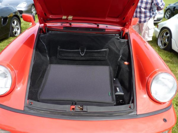 Porsche 964 2WD luggage