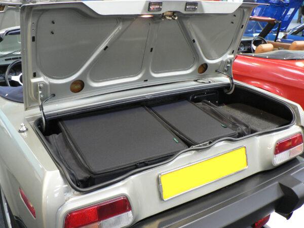 Triumph TR8 Luggage