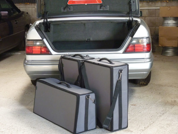 Mercedes W124 Luggage